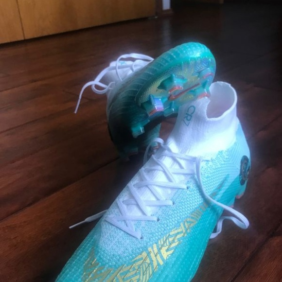on sale 0d731 5a65e Nike mercurial Cr7 Limited edition World cup 2018